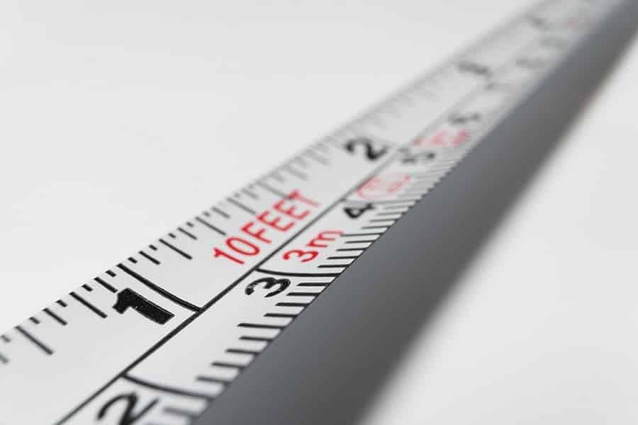 מד מטר שמודד אורך של דברים אילוסטרצייה לגודל