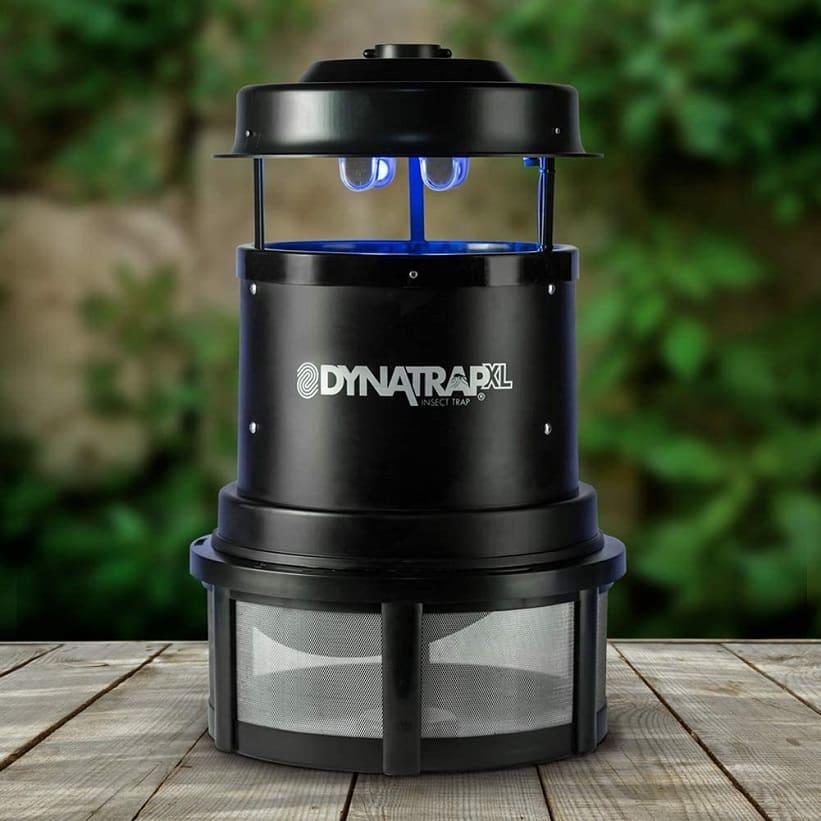 קטלן יתושים דגם DT2000XL של חברת Dynatrap
