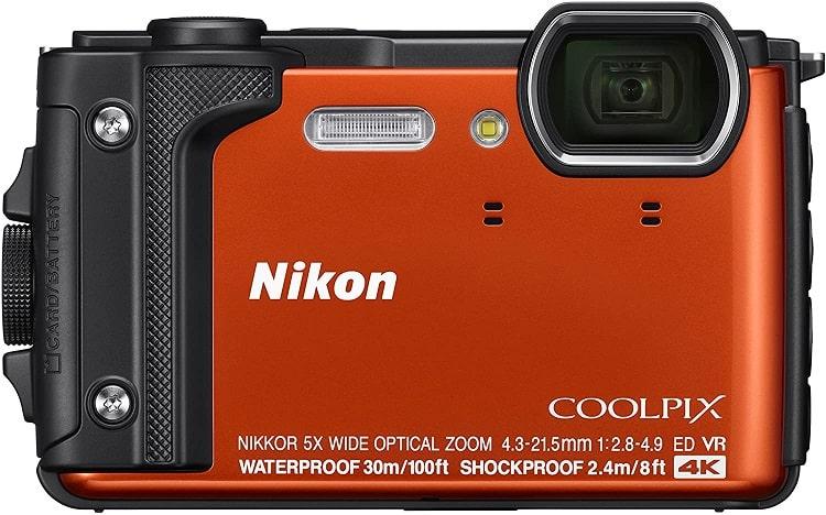 מצלמת מים W300 של חברת Nikon