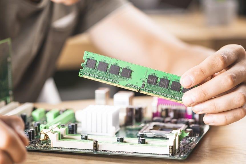 כמה זיכרון למחשב RAM צריך