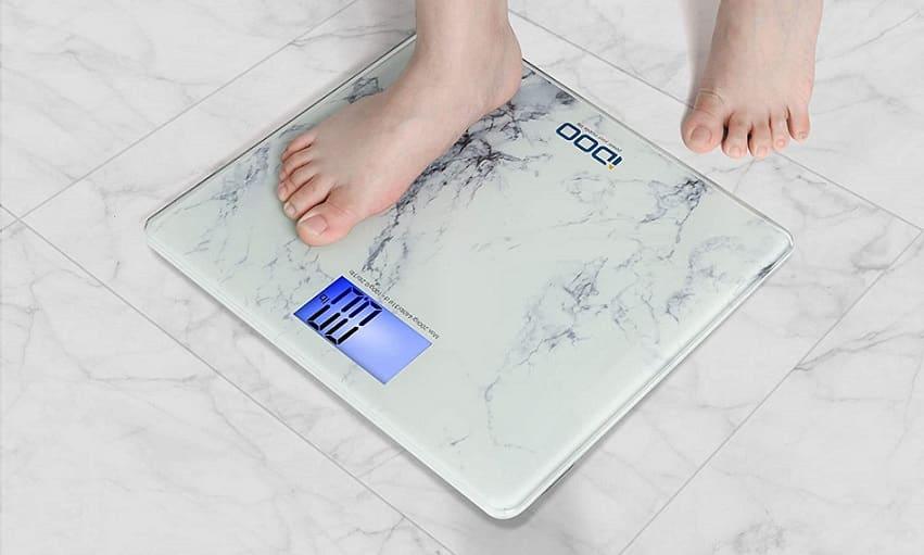 משקל דיגיטלי לאמבטיה של חברת IDOO