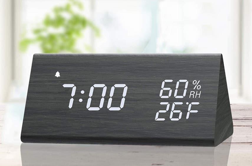 שעון מעורר דיגיטלי של חברת JALL
