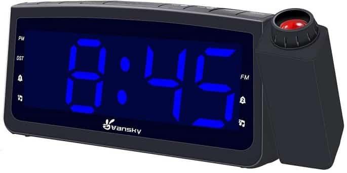 שעון עם מקרן של חברת Vansky
