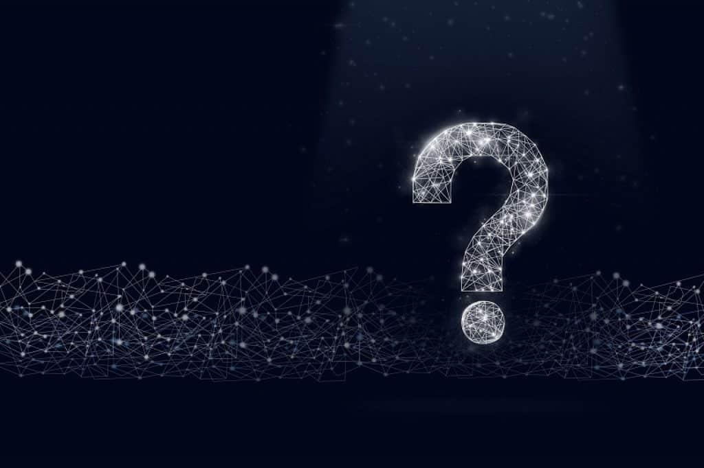 סימן שאלה מצוייר מקווים לבנים על רקע כהה